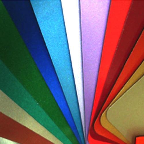 Cores Metálicas Vibrantes